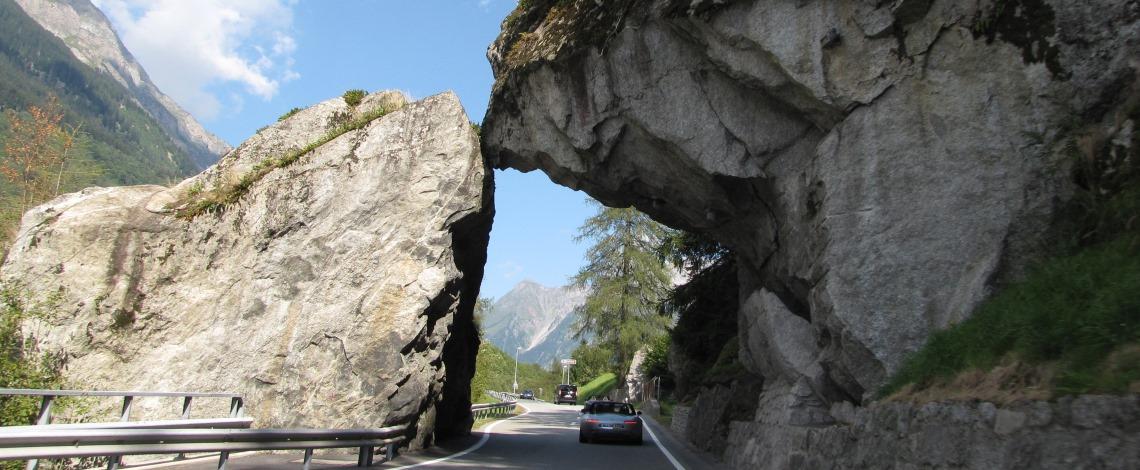 schweiz_landschaft_bmw_z8_ausfahrt_event_freunde_verein_unterwegs